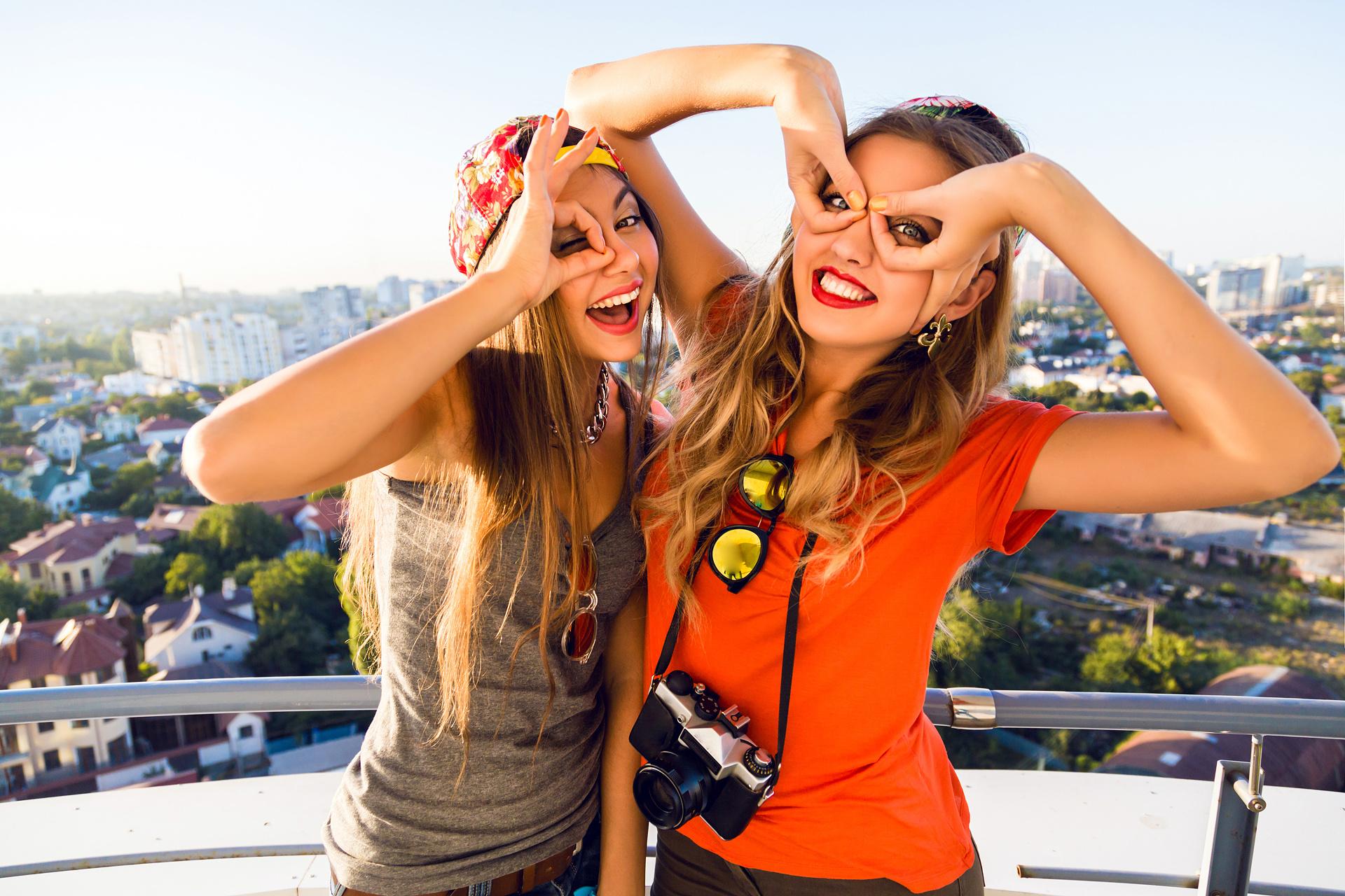 50 způsobů, jak fotografované přimět k úsměvu